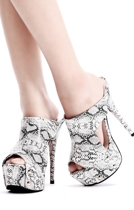 Pleasures Sandals