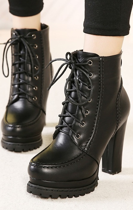 Botim Pleasures Boots Black