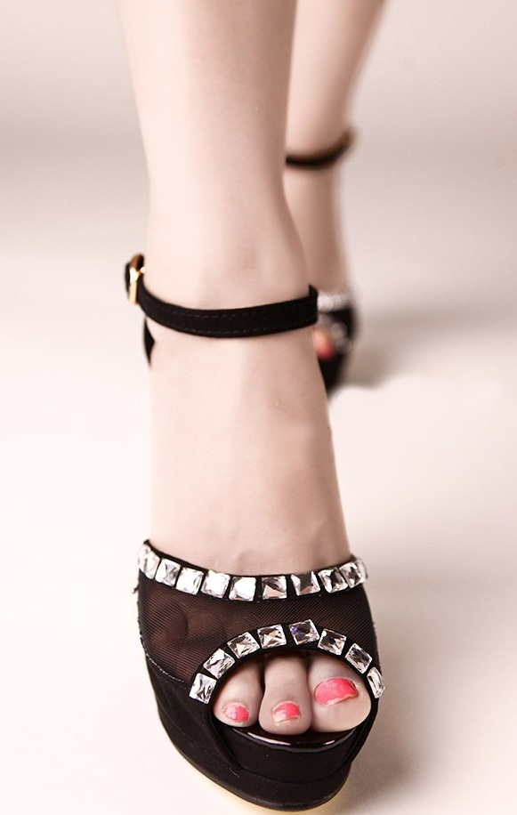 Pleasures Sandals Black